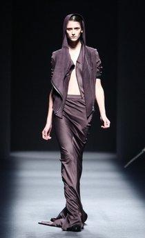 Haider Ackermann 2009 Fashion Show, Paris: Runway