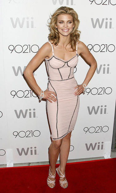 "Naughty ""90210"" vixen Anna Lynne McCord rocked the red carpet at Hollywood hot spot Coco De Ville in a dangerously tight pink Dolce & Gabbana dress and matching pink strappy sandals."