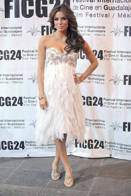 Eva Longoria wowed the crowd at the Guadalajara International Film Festival in a white Badgley Mischka Spring '09 dress complete with a bedazzled bodice and shredded skirt.