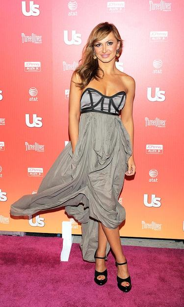 Meanwhile, dancer Karina Smirnoff's voluminous gray gown blew in the breeze.