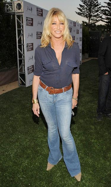 Suzanne Somers still looks fab at 62!