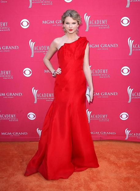 Taylor Swift donned a red one-shoulder Angel Sanchez gown and Neil Lane jewels, which seemed a tad mature for her 19 years.