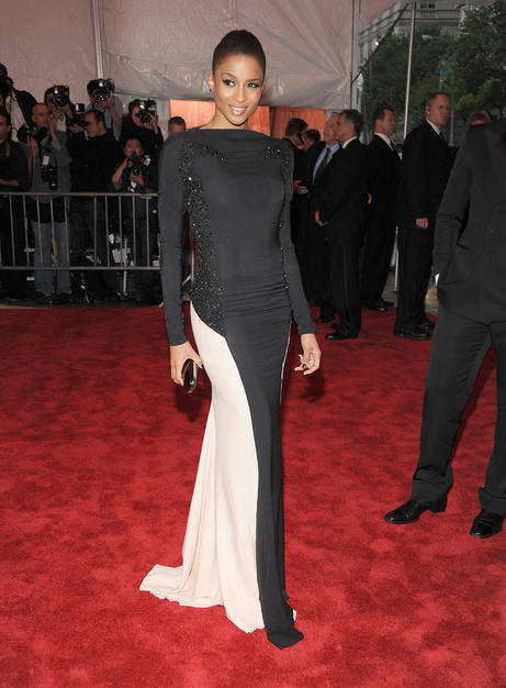 Ciara donned a sleek dress by Emilio Pucci's Peter Dundas. The singer's pulled-back hair added to her dramatic look.