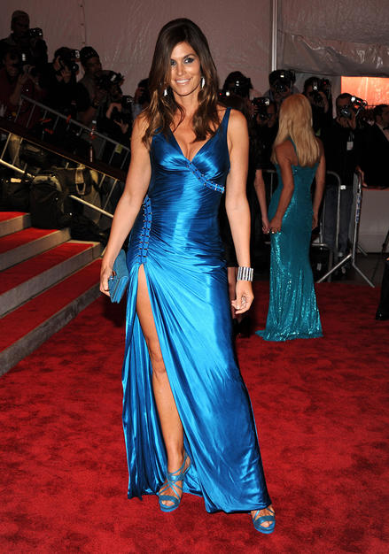 Celebrities Shines In The 2009 Met Costume Gala