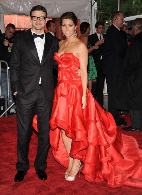 Justin Timberlake sported a classic tux from his own William Rast line, while his lady love, Jessica Biel, opted for a billowing Atelier Versace gown and sexy stilettos.