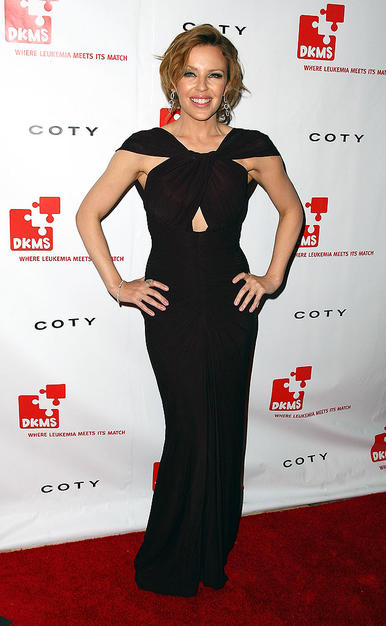Aussie pop star Kylie Minogue was nearly edible in a ruched dark chocolate jersey dress and delicate drop earrings at the 3rd annual DKMS gala.