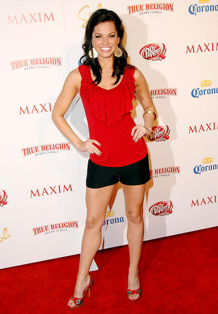 Melissa Rycroft was an unknown a year ago, but thanks to a very public breakup and her dancing skills, the former cheerleader debuted at no. 99.