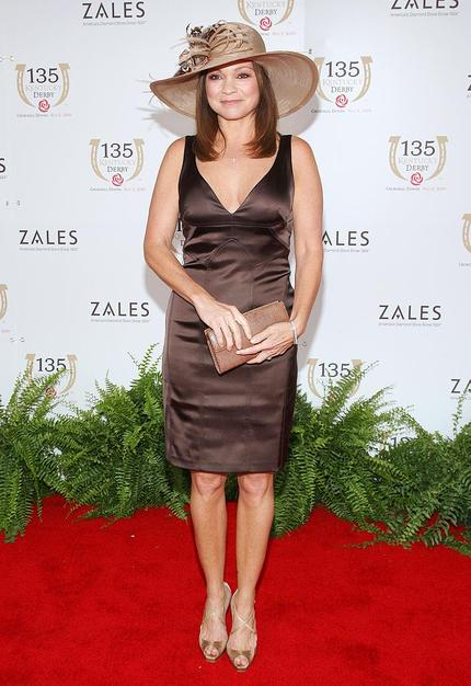 Jenny Craig spokeswoman Valerie Bertinelli opted for a chic chocolate dress and tasteful taupe accessories.