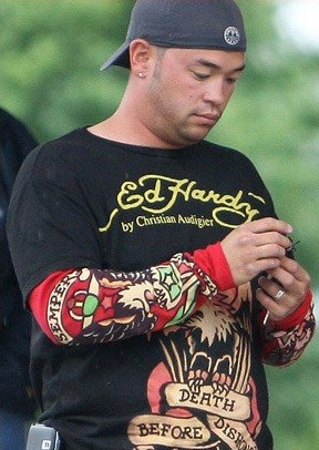 Jon Gosselin hearts his Ed Hardy t-shirts.
