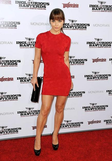 "Christina Ricci looking better than ever at the ""Inglourious Basterds"" kickoff? Her fire engine red frock, sharp bangs, and $800 Christian Louboutin ""Bianca"" pumps were simply perfect."